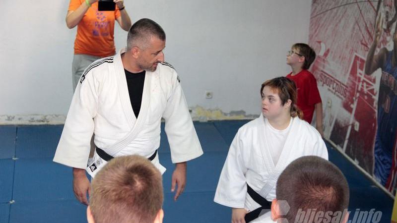 Judo-trening-sa-azrom-dedic2