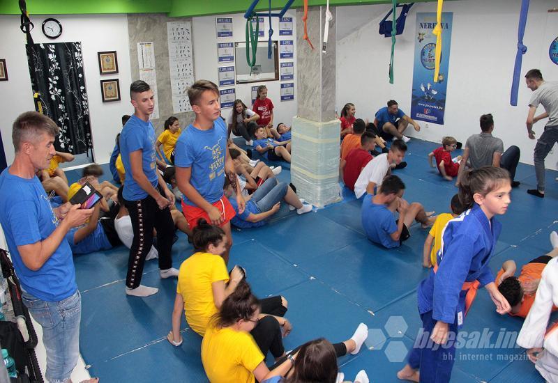 Judo-trening-sa-azrom-dedic3